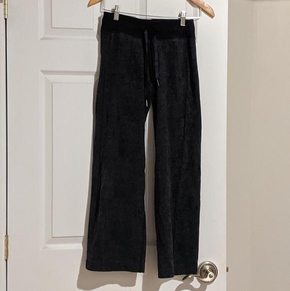 Lululemon wide legged pants full length